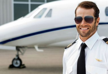 How to Become a Freelance Pilot