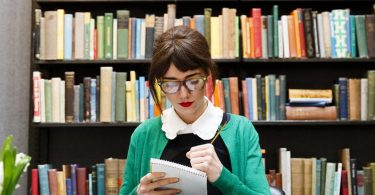 How to become a freelance librarian