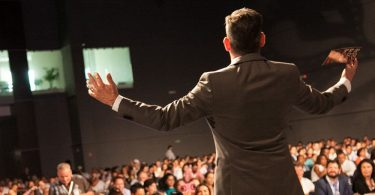 How to Start Your Career as a Freelance Motivational Speaker