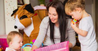 freelance babysitters