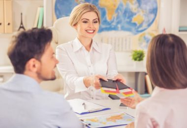 How to Become a Travel Agent (Online)