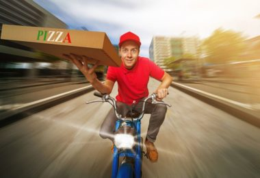 how much do pizza delivery drivers make